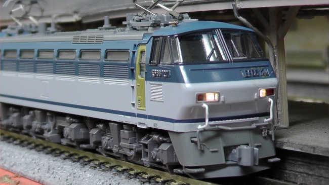 z12102.jpg